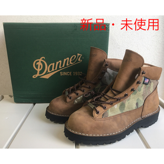 ダナー(Danner)の【新品・未使用】DANNER 30121 DANNER LIGHT CAMO(ブーツ)