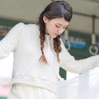 ケイスケカンダ(keisuke kanda)のkeisukekanda  セーターは女の子(ニット/セーター)
