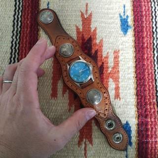 ケイシイズ(KC,s)の電池交換済み KC's ケーシーズ コンチョ レザー腕時計 ターコイズ (腕時計(アナログ))