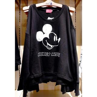 ディズニー(Disney)のミッキー肩出しトレーナー Mサイズ(トレーナー/スウェット)
