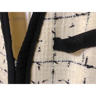 アパルトモンドゥーズィエムクラス(L'Appartement DEUXIEME CLASSE)のCHANEL style Johnstons Tweed JK / Fuhlen(ノーカラージャケット)