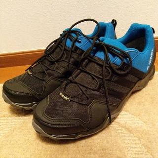 アディダス(adidas)のアディダス ゴアテックス テレックス トレッキングシューズ 27cm 新品(登山用品)