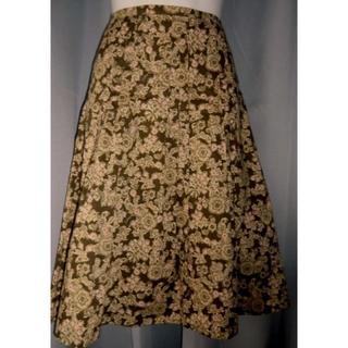 バーバリー(BURBERRY)のバーバリーロンドン★カーキー系花柄★サンレーフプリーツコットンスカート36(ひざ丈スカート)