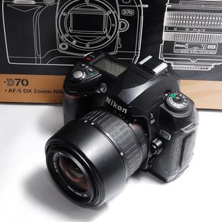 ニコン(Nikon)の❤カメラ女子❤ Nikon D70 レンズキットおまけ付♪(デジタル一眼)