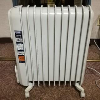 デロンギ(DeLonghi)のDeLonghi オイルヒーター 11枚 4~10畳用 V551115EFS(オイルヒーター)