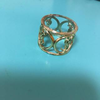 イヴサンローランボーテ(Yves Saint Laurent Beaute)のイヴサンローラン 指輪(リング(指輪))