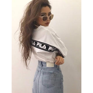 GYDA - GYDA FILAグラフィックラインBIG Tシャツ ホワイト