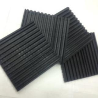 ピアノ防音 防振マット 1cm(厚)×15cm×15cm 4枚セット