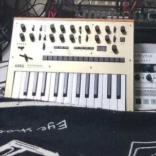 コルグ(KORG)のminilogue korg(電子ピアノ)