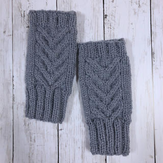 手編み☆洗濯機で洗える 模様編みハンドウォーマー/グレー(手袋)