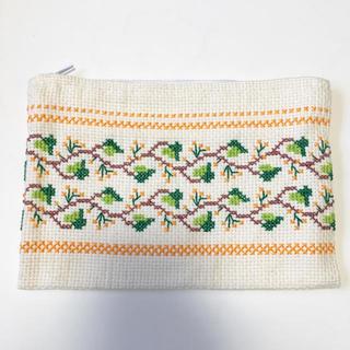 ハンドメイドクロスステッチチェリー刺繍ポーチ(ポーチ)