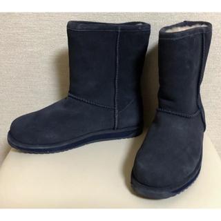 エミュー(EMU)のemu ☆ 新品未使用 ムートンブーツ 24cm ネイビー(ブーツ)