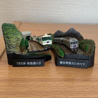 カイヨウドウ(海洋堂)の185系 特急踊り子 寝台特急カシオペア セット(鉄道模型)