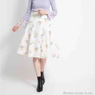 ノエラ(Noela)のNoela スモールブーケフラワー柄フレアスカート (ひざ丈スカート)