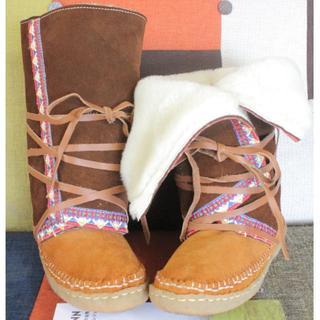 チャイハネ(チャイハネ)の折り返してもかわいい★ムートンファーの刺繍ブーツ(ブーツ)