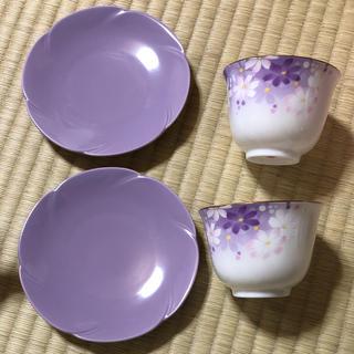 ウノチヨ(宇野千代)の宇野千代 湯のみ、お皿セット(食器)