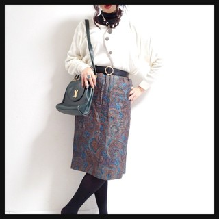 値下げ可*◆ブルーペイズリー柄vintageミディスカート◆*(ひざ丈スカート)