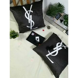 Yves Saint Laurent Beaute - 抱き枕*2枚