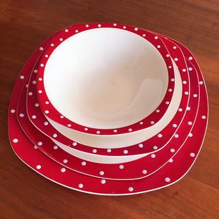 ウェッジウッド(WEDGWOOD)のミッドウィンター レッドドミノ プレート4枚セット(食器)