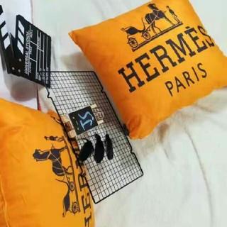 Hermes - HERMES 抱き枕