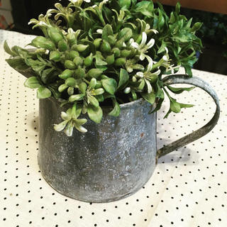 ブリキフラワーベース(花瓶)