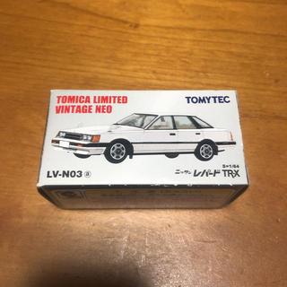 ニッサン(日産)の即決 TOMYTEC ニッサン レパード TR-X LV-N03 1/64(ミニカー)