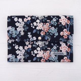 リバティ 母子手帳ケース ジョセフィン/ネイビー B6サイズ (マタニティ)