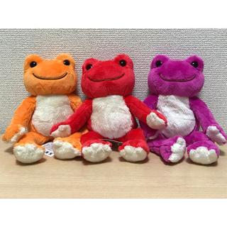 ケヤキザカフォーティーシックス(欅坂46(けやき坂46))のかえるのピクルス オレンジ 赤 ピンク(ぬいぐるみ)