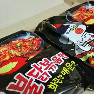 ブルタックポックンミョン!黒のブルタック炒め麺!2袋セット!