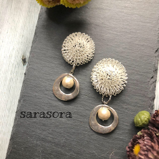414 dandelion fluff×pearl earrings(ピアス)