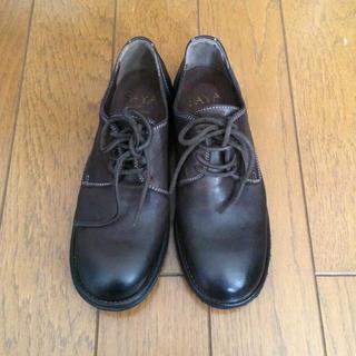 サヤ(SAYA)の【新品】saya 製品染めレースアップシューズ(ローファー/革靴)