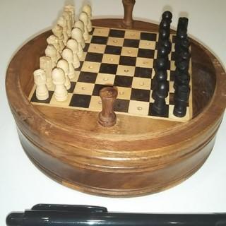 ☆★ミニサイズ  チェス 海外のお土産です。★☆(オセロ/チェス)