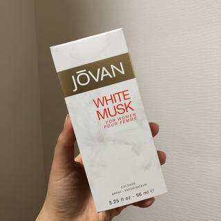 jōvan WHITE MUSK COLOGNE