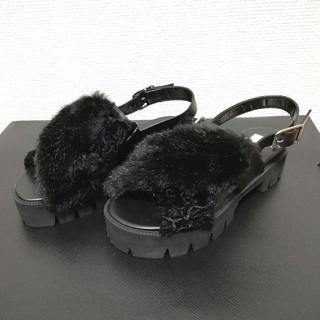 ヌメロヴェントゥーノ(N°21)のレディース 靴 N°21 ヌメロヴェントゥーノ サンダル ファー(サンダル)