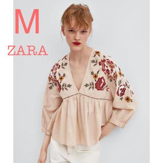 ZARA - ZARA 新品未使用 フラワー 刺繍 フリル Vネック ピンク ブラウス M
