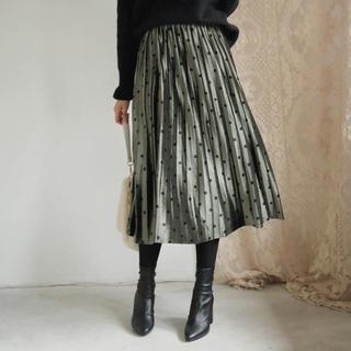 dholic - ドットベロアプリーツスカート