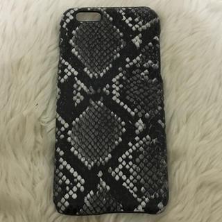 e26510a319 エイチアンドエム(H&M)のH&M iPhone6/6s ケース パイソン(iPhoneケース