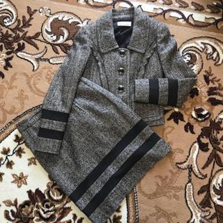 アンナモリナーリ(ANNA MOLINARI)の【お値下げ】ANNA MOLINARIの高級ブラウンスーツ/セットアップ (スーツ)