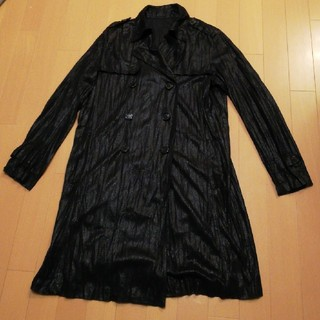 スペッチオ(SPECCHIO)のスペッチオ40シワ加工トレンチコート黒(トレンチコート)