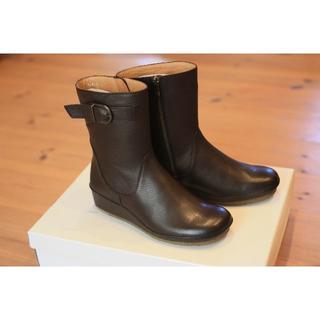 サヤ(SAYA)のSAYA ショートブーツ    50520 DBR 22cm 新品(ブーツ)