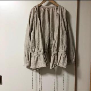 ネストローブ(nest Robe)の【美品】ネストローブ✩ショート丈カシュクール✩ベージュ(ノーカラージャケット)