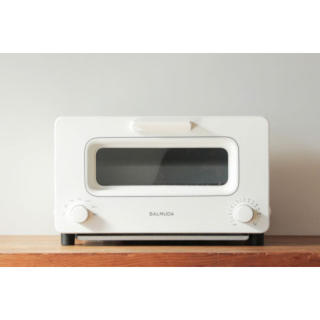 バルミューダ(BALMUDA)の♡新品未使用バルミューダトースター白♡(調理機器)