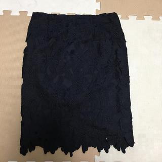 ジーユー(GU)のGU★新品✨レースタイトスカート❤️(ひざ丈スカート)