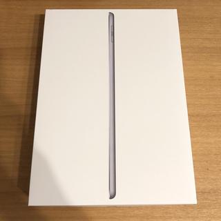 iPad 第6世代 2018年/Wi-fiモデル 32GB スペースグレー(タブレット)