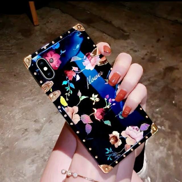 可愛い iphone7 カバー 海外 | ローズ小柄iPhoneケースの通販 by すなふきん's shop|ラクマ