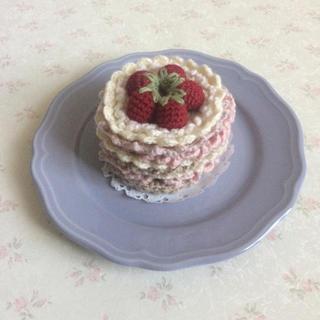 アフタヌーンティー(AfternoonTea)の♡ハンドメイド♡ 苺のケーキ コースター(キッチン小物)