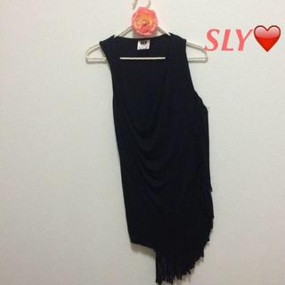 スライ(SLY)のスライ♡未使用 ドレープ&フリンジ(Tシャツ(半袖/袖なし))