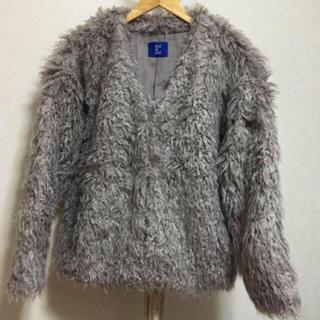 オリーブデオリーブ(OLIVEdesOLIVE)のOLIVE des OLIVE ファーコート(毛皮/ファーコート)
