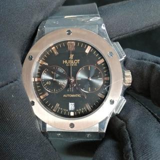 ウブロ(HUBLOT)のHUBLOT ウブロ 腕時計 男性 クォーツ 42mm(その他)