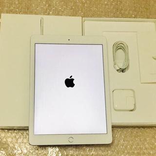 アイパッド(iPad)のiPad Air2 9.7インチ 64GB WiFiモデル シルバー フルセット(タブレット)